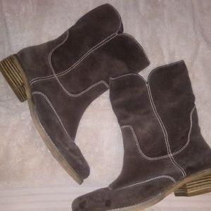 Women's boots sz 10